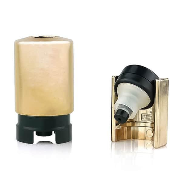 Zamašek z ventilom in črpalko - Gihale